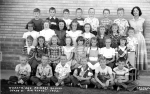 1952 - Wheat Ridge Primary School, Grade 3, A.M. Class. Front row, left to right: Unknown, Unknown, Unknown, Dennis ?, U